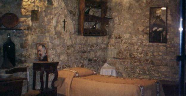 Padre Pio sgrida il suo Angelo
